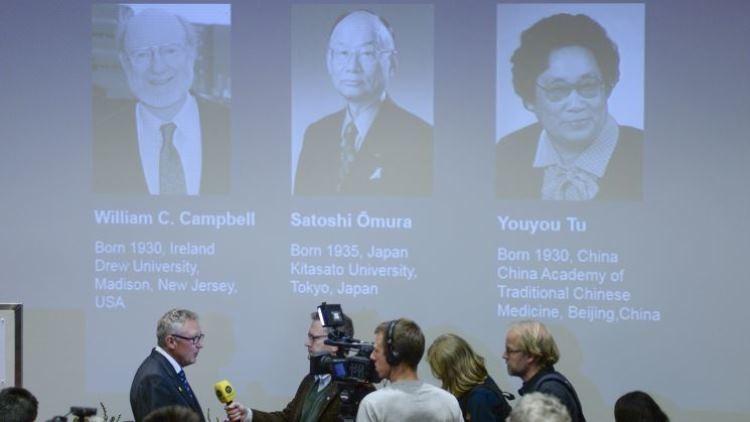 Youyou Tu, la 'bruja' china que ganó el Nobel  de Medicina gracias a sus extractos de plantas