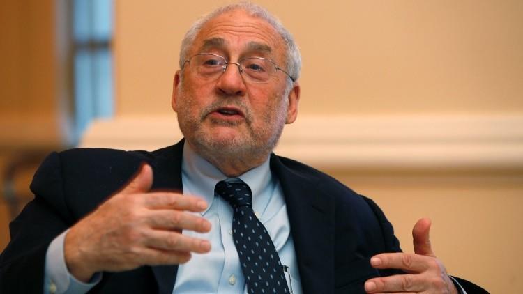 """Premio Nobel de Economía: """"El TPP dañará a los consumidores y beneficiará a las corporaciones"""""""