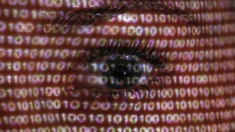 Duro golpe a Facebook: El Tribunal de la UE impide la transferencia de datos personales a EE.UU.