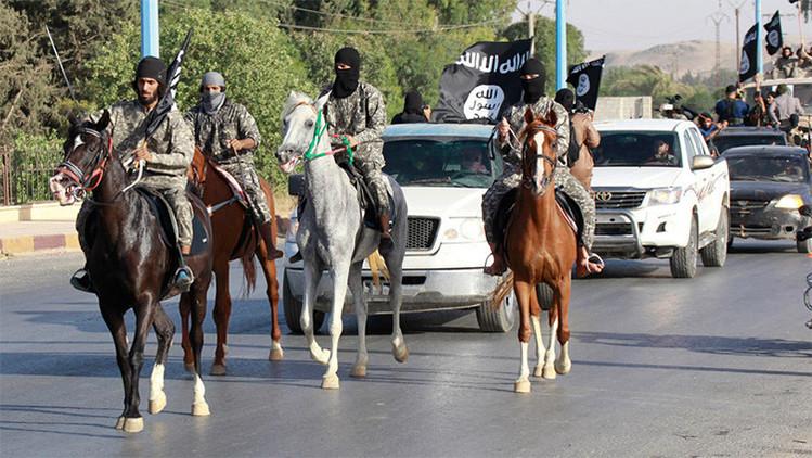 """""""Instructores de EE.UU. y Reino Unido entrenan a milicianos rusos para el EI en Afganistán"""""""