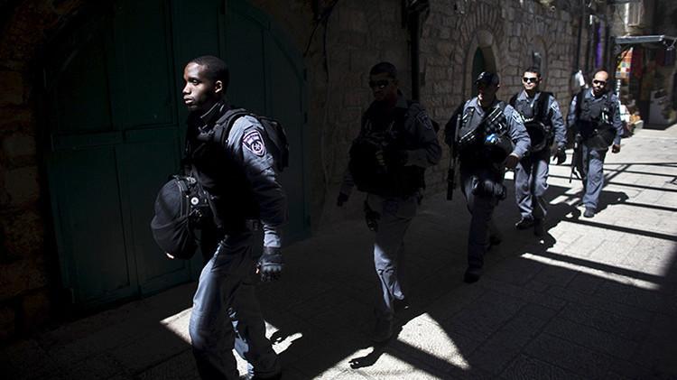 Policías israelíes en la Ciudad Vieja de Jerusalén