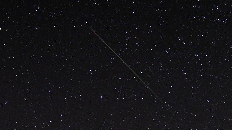 La lluvia de meteoros Dracónidas ilumina el firmamento