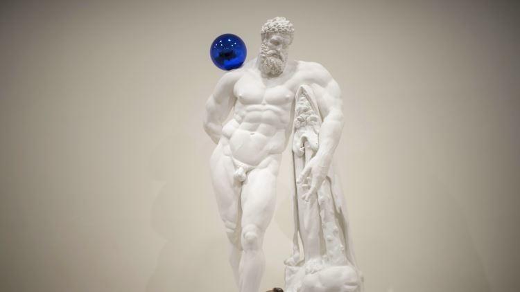 Italia: Cubren una estatua desnuda para no sonrojar al príncipe heredero de Abu Dhabi