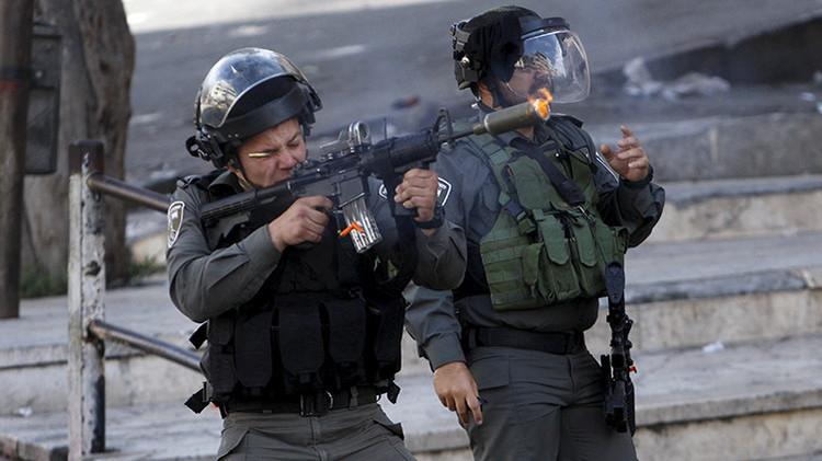 'Estilo ejecución': Un video muestra a policía israelí matando a tiros a una mujer palestina