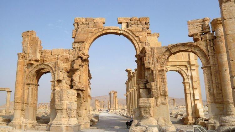 Video: Graban el impactante grado de destrucción de Palmira a manos del Estado Islámico