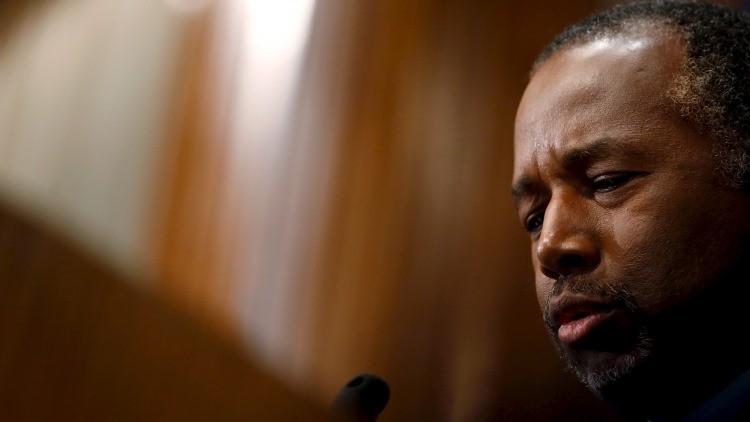 """Precandidato republicano Carson: Los judíos habrían evitado el Holocausto """"de haber estado armados"""""""