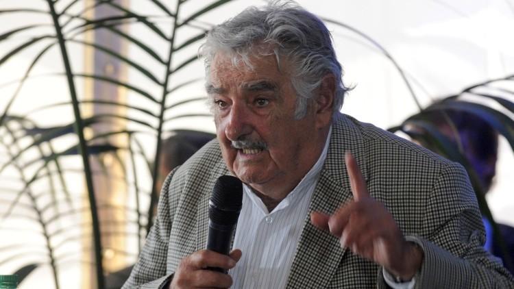 """José Mujica: """"Capitalismo actúa como el tormento de las civilizaciones"""""""