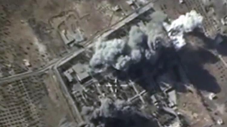 Nuevos videos: Aviones rusos bombardean 53 instalaciones del EI en las últimas 24 horas