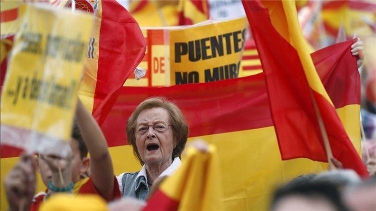 Debates en RT: A favor y en contra del Día de la Hispanidad