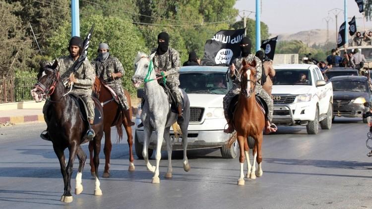 EE.UU. prepara una operación para liberar a la 'capital' del Estado Islámico