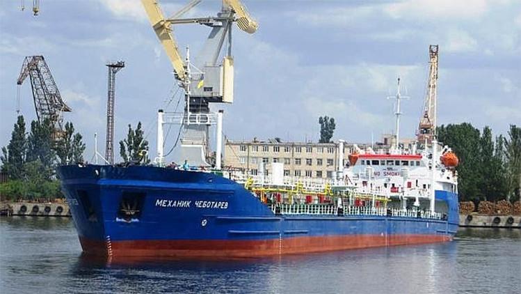 El líder checheno Kadýrov logra liberar a los tripulantes del petrolero ruso detenido en Libia