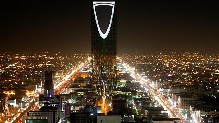 Las arcas públicas de Arabia Saudita se vacían a pasos agigantados