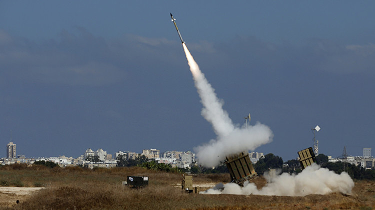 Las monarquías del Golfo estudian blindarse con una 'Cúpula de Hierro' israelí