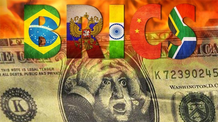 Occidente emprende una guerra contra los BRICS para ocultar los problemas del capitalismo