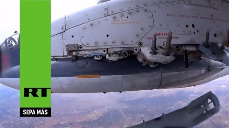 Lanzamiento en detalle: ataque contra el EI desde la cámara de un avión ruso (video)