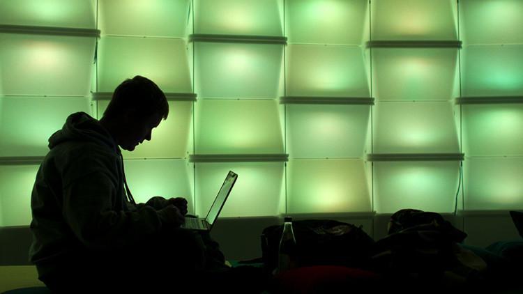 Cae un 'hacker' que supuestamente suministraba datos confidenciales de EE.UU al Estado Islámico