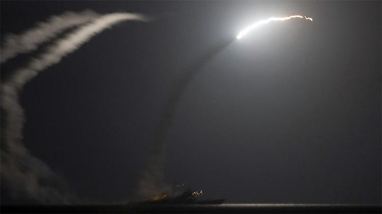 """Militares rusos: Los ataques aéreos de EE.UU. contra el Estado Islámico son una """"farsa"""""""