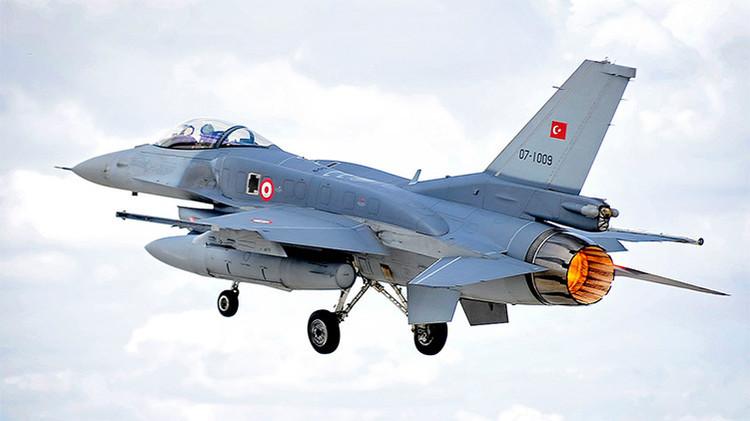 Turquía derriba a un dron no identificado cerca de su frontera con Siria