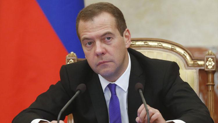 """Medvédev: """"EE.UU. no ha logrado nada en Siria, solo Rusia ha cambiado la situación"""""""