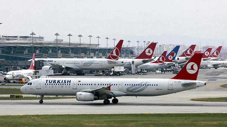 Una experiodista de BBC ahorcó en el aeropuerto de Estambul