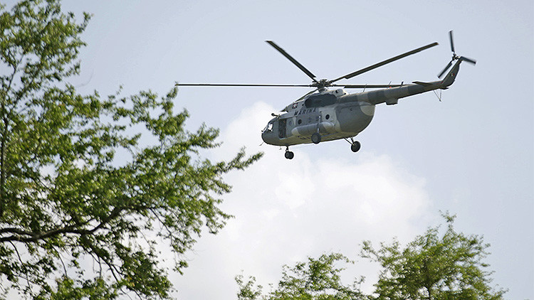 Un helicóptero de la Marina mexicana sobrevuela la localidad de Cocula, el 29 de octubre de 2014.