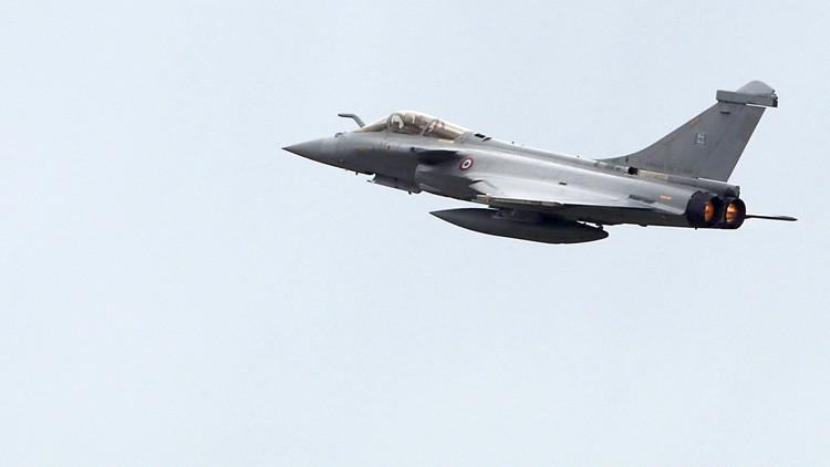 """Un avión militar """"se acercó peligrosamente"""" a un avión con parlamentarios rusos"""
