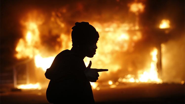 """""""Son incendios provocados"""": Queman 6 iglesias cerca de Ferguson en 10 días"""