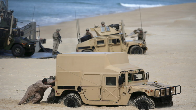 Soldados de la OTAN en un ejercicio militar en Portugal, 20 de octubre 2015