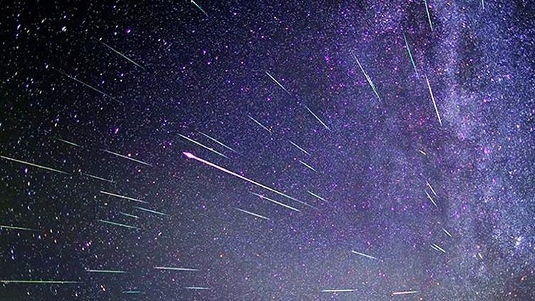 La lluvia de meteoros Oriónidas atraviesa el firmamento