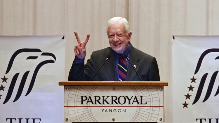 Moscú: El expresidente estadounidense Carter entregó a Rusia mapas de las posiciones del EI en Siria