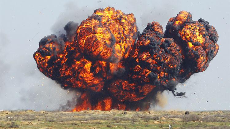 Video: Demoledor ataque del sistema lanzallamas Solntsepiok en Siria