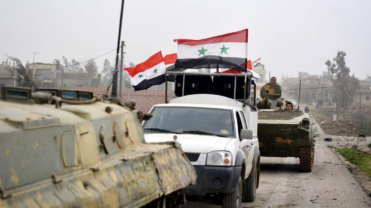El Ejército sirio en la ofensiva contra el EI: Elimina terroristas y reconquista tierras