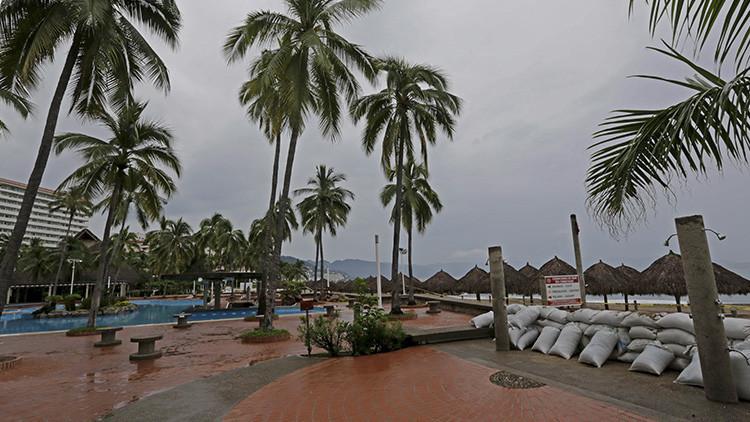 Impresionante video time-lapse del huracán Patricia