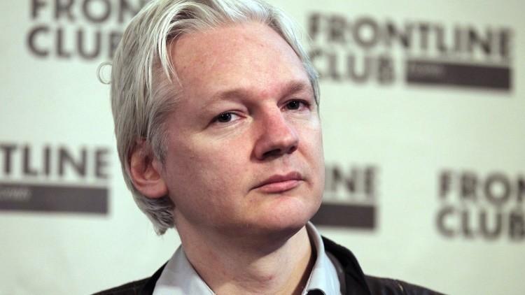 Assange explica cómo evitar el espionaje por parte de los gobiernos