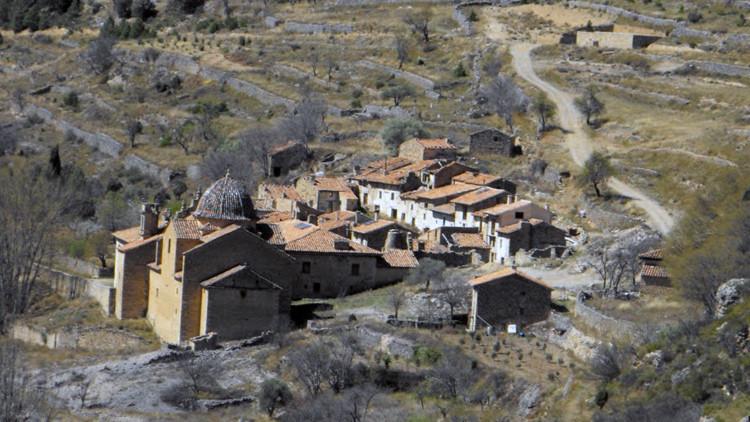 Los guardianes de La Estrella: dos ancianos, únicos residentes de un pueblo español