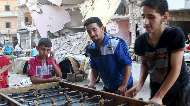 Cientos de miles de sirios regresan a su país tras el inicio del operativo aéreo ruso