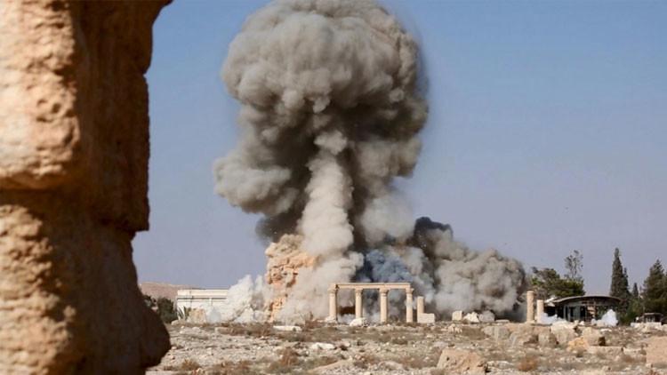 El EI explosiona antiguas columnas de Palmira para ajusticiar a varias personas