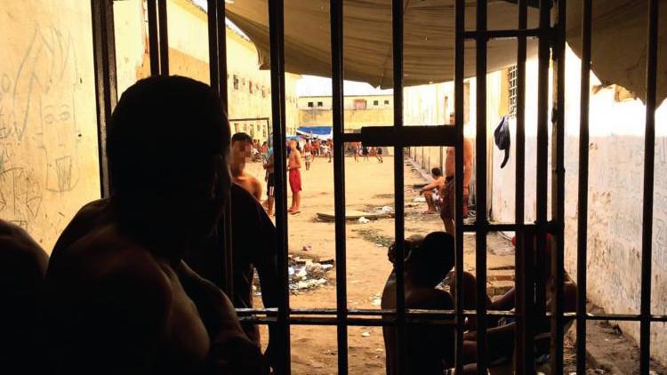Video, Fotos: La terrible realidad de las cárceles de Brasil gobernadas por los presos