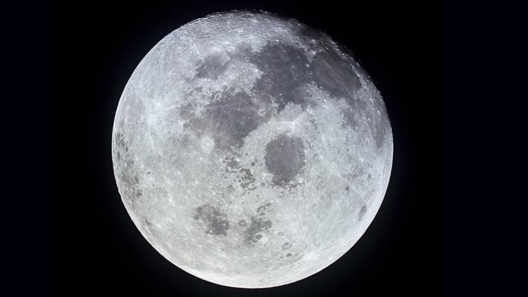 Resuelto el misterio del 'horizonte iluminado' de la Luna