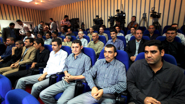 Rehenes liberados por las Fuerzas Especiales Peshmerga de Kurdistán y el Ejército de Estados Unidos.
