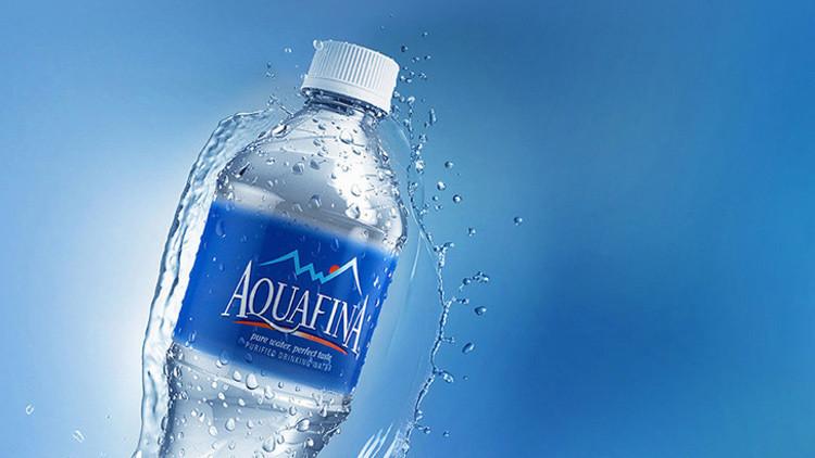 Aquafina ya no es tan fina: PepsiCo embotella agua del grifo