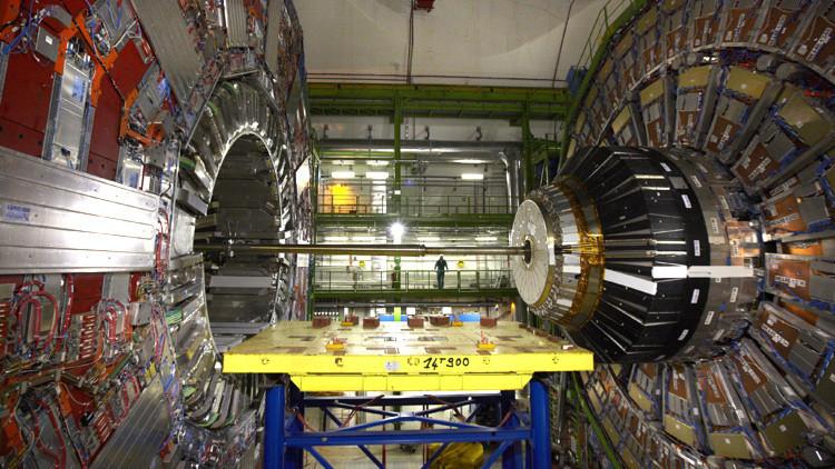 China planea construir el súper colisionador de partículas más potente del mundo