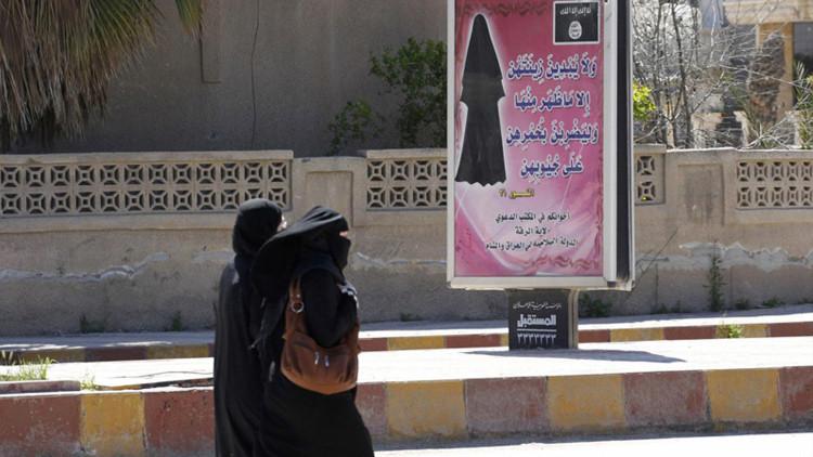 Siria: el Estado Islámico cierra todas las clínicas femeninas y amenaza a los ginecólogos de Raqqa