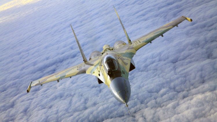 Rusia: Distrito Militar Occidental incorporará cazas Su-35 y Su-30SM antes de final de año