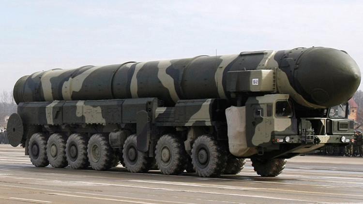 Rusia lanza un misil Tópol en una prueba del sistema de control