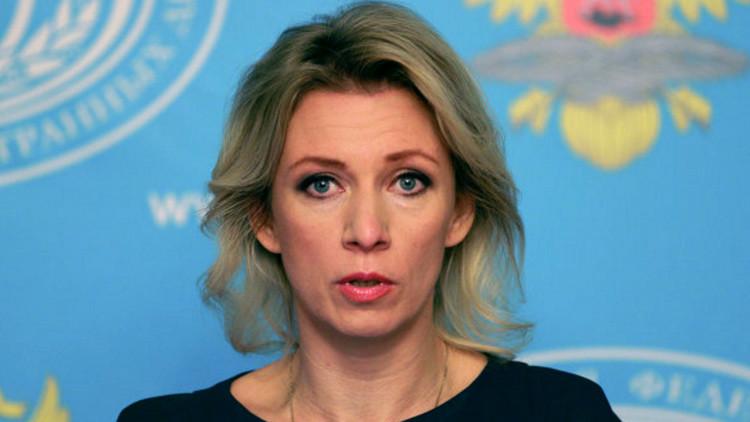 """""""EE.UU. padece un desdoblamiento y busca subir al ala de un caza ruso en despegue"""""""