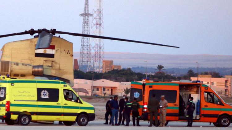 Las autoridades egipcias recuperan los cuerpos de las víctimas
