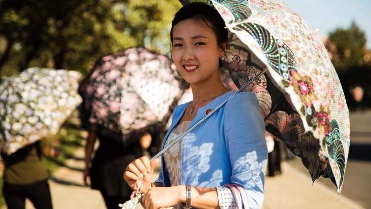 Fotos: Mujeres de Corea del Norte demuestran que la belleza femenina no tiene fronteras