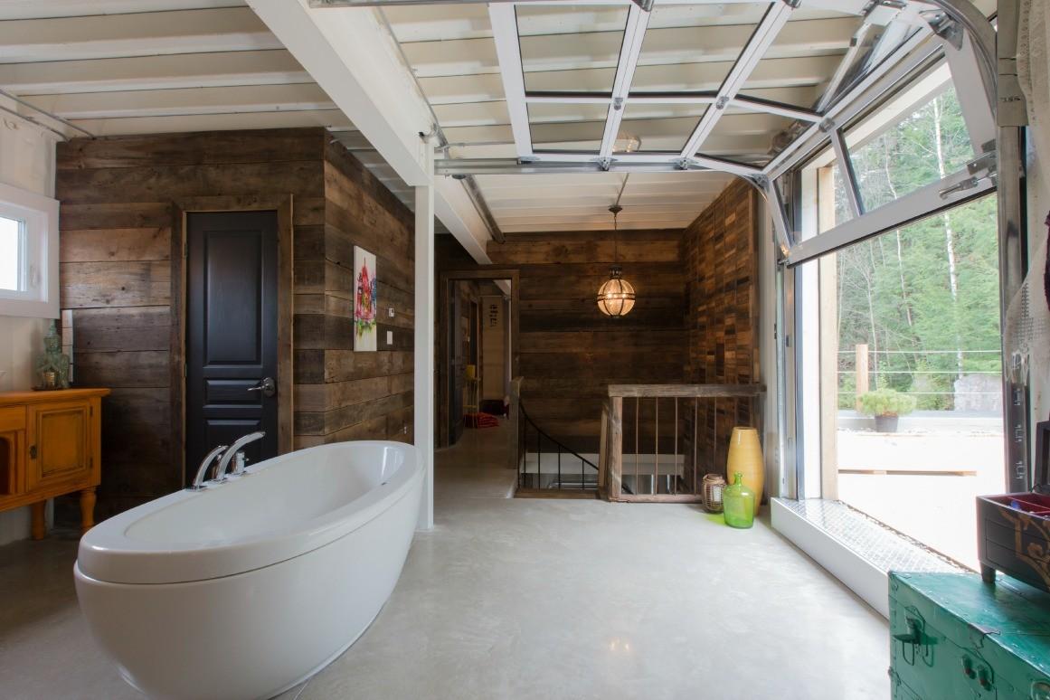 El baño en la casa de Claudie Dubreuil