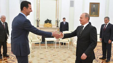 El presidente ruso, Vladímir Putin, y su homólogo sirio, Bashar al Assad, durante su reunión en Moscú el 20 de octubre de 2015.